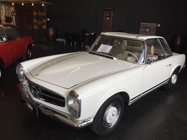 Mercedes Benz Pagoda White